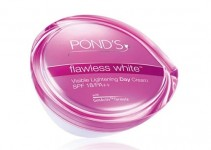 Ponds Flawless White Visible Lightening Day Cream
