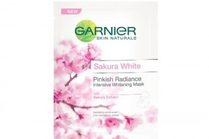 Garnier Sakura White Pinkish Radiance Intensive Whitening Mask